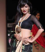 ileana-hot-images-at-lakme-fashion-week-day-4-06