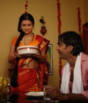 iruvar-ullam-movie-stills-21
