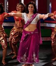 isha-chawla-hot-dance-photos-9