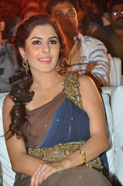 isha-talwar-hot-photos-05