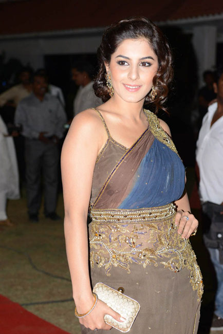 isha-talwar-hot-photos-08