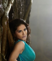 jackpot-tamil-movie-stills-3
