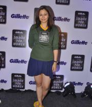 jwala-gutta-hot-in-skirts-10