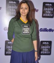 jwala-gutta-hot-in-skirts-11