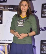 jwala-gutta-hot-in-skirts-7