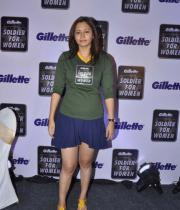 jwala-gutta-hot-in-skirts-8