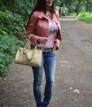 kainaat-arora-latest-photos-in-jeans-2