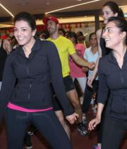 kajal-nisha-at-zumba-6