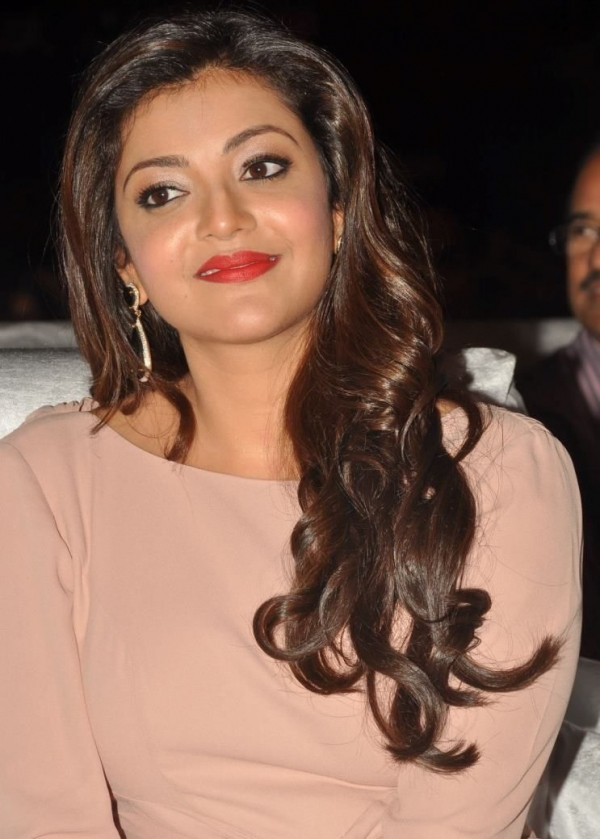 kajal-agarwal-at-tollywood-channel-launch-11