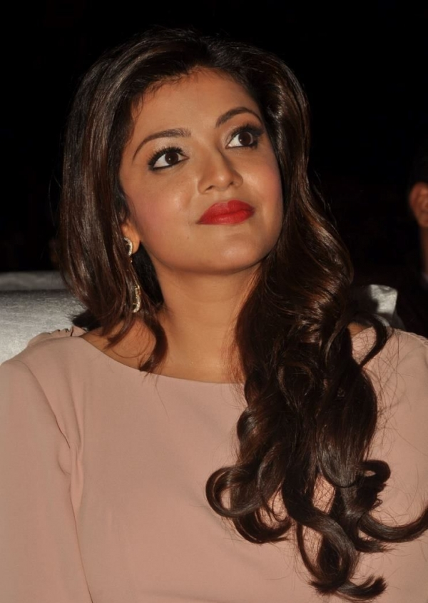 kajal-agarwal-at-tollywood-channel-launch-14