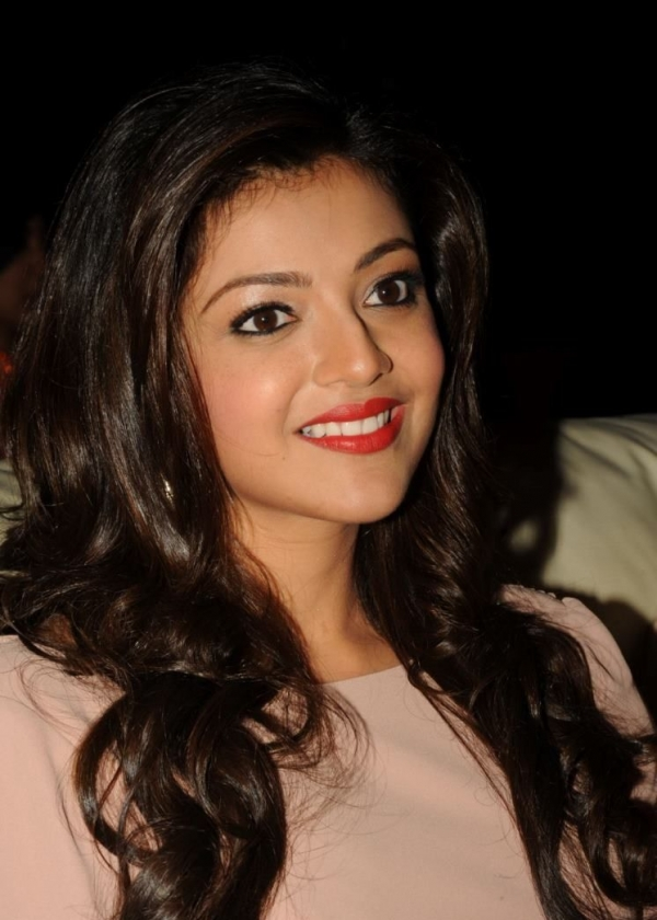 kajal-agarwal-at-tollywood-channel-launch-24