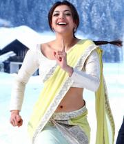 Kajal Agarwal Latest Hot Navel Show Photos from Baadshah Movie, Kajal Agarwal Baadshah Hot Navel Cleavage Show Pictures