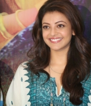 kajal-aggarwal-photos-gav-success-meet-12