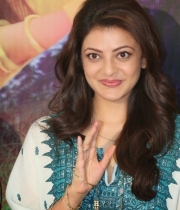 kajal-aggarwal-photos-gav-success-meet-9