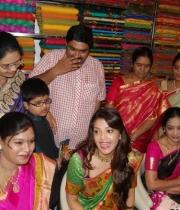 kajal-launch-srinikethan-shopping-mall-22