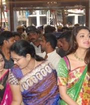 kajal-launch-srinikethan-shopping-mall-24