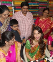 kajal-launch-srinikethan-shopping-mall-25