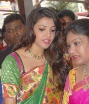 kajal-launch-srinikethan-shopping-mall-31