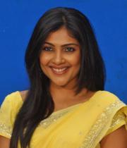 kamalini-mukherjee-latest-pics-02