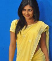 kamalini-mukherjee-latest-pics-04
