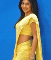 kamalini-mukherjee-latest-pics-05