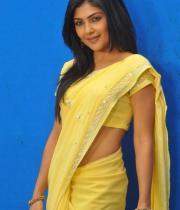 kamalini-mukherjee-latest-pics-08