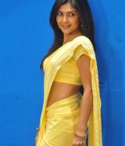 kamalini-mukherjee-latest-pics-10
