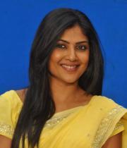 kamalini-mukherjee-latest-pics-12