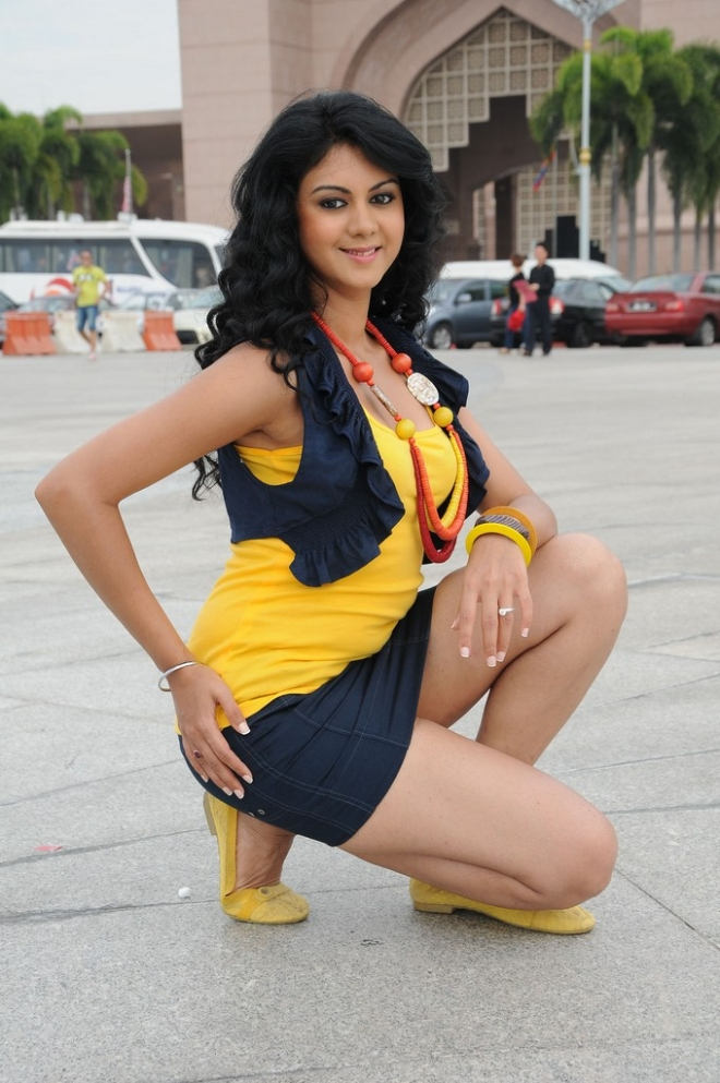 kamna-jethmalani-latest-hot-pics-7