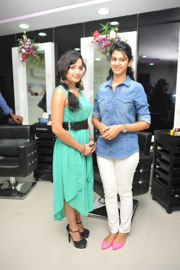 kamna-jethmalani-photos-at-naturals-saloon-launch-25
