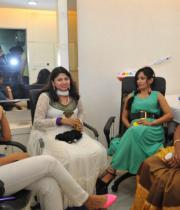 kamna-jethmalani-photos-at-naturals-saloon-launch-12