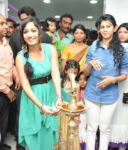 kamna-jethmalani-photos-at-naturals-saloon-launch-9