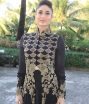kareena-kapoor-latest-photos-10