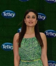 kareena-kapoor-launches-tetley-green-tea-6