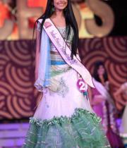 karishma-kapoor-at-indian-princess-finale-22