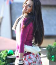 katherine-theresa-hot-stills-in-iddarammayilatho-06