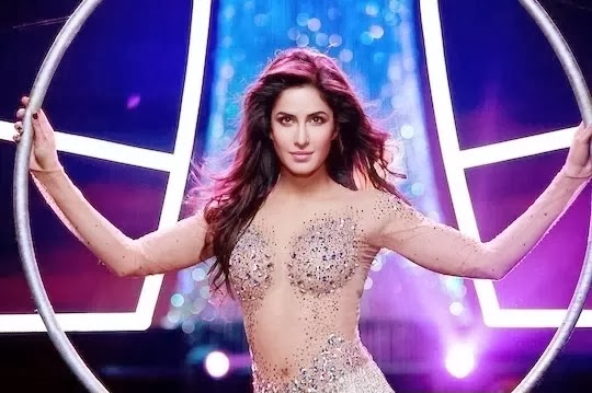 katrina-kaif-hottest-captures-in-dhoom-3-4
