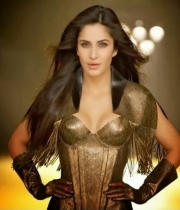 katrina-kaif-hottest-captures-in-dhoom-3-1