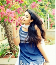 kavya-shetty-portfolio-hot-photostills-gallery-8_s_177