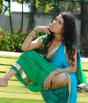 kavya-singh-latest-saree-photos-11