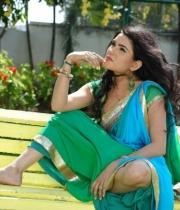 kavya-singh-latest-saree-photos-2