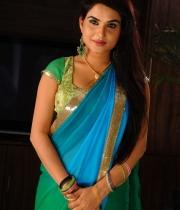 kavya-singh-latest-saree-photos-21