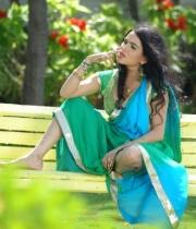 kavya-singh-latest-saree-photos-6