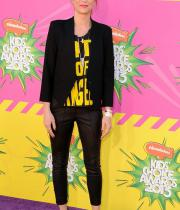 kristen-wiig-kids-choice-awards-20131