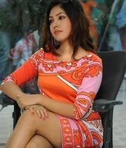 komal-jha-latest-hot-stills-photos-04