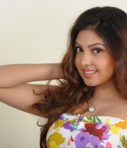 komal-jha-hot-photoshoot-stills-1