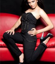komal-sharma-hot-photoshoot-pics-14