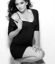 komal-sharma-hot-photoshoot-pics-15
