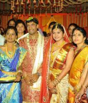 koti-daughter-marriage-photos-25