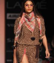 celebs-at-lakme-fashion-show-week-photos-day-1-11